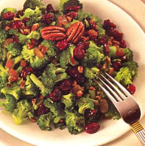 Ensalada de brócoli vegana